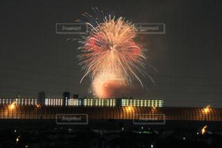 夜空の花火の写真・画像素材[1375558]