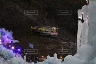 雪に覆われた鉄道の写真・画像素材[1755044]