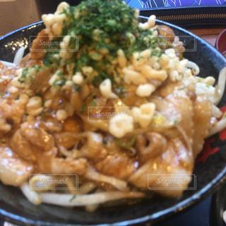 米肉と皿にブロッコリー料理のボウル - No.963012
