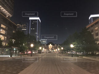 夜の東京駅の写真・画像素材[778434]