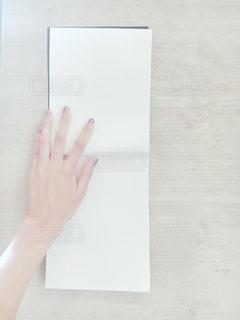 女性の手 - No.306374