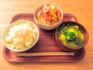 No.331726 食事