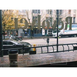 バンクーバーのカフェ「Revolver」の写真・画像素材[965661]