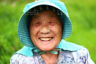女性,1人,シニア,スマイル,田舎,人物,人,笑顔,田んぼ,おばあちゃん,祖母,農業,農家,ふるさと