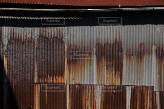 錆びたトタン板の写真・画像素材[853747]