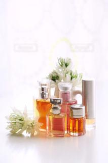 香水の写真・画像素材[1120922]