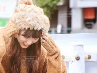 帽子をかぶっている女性の写真・画像素材[1550263]