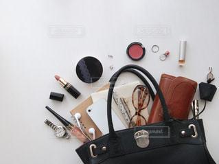 バッグの中身の写真・画像素材[1641950]