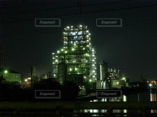 川崎市の工業地帯の夜景の写真・画像素材[1127877]