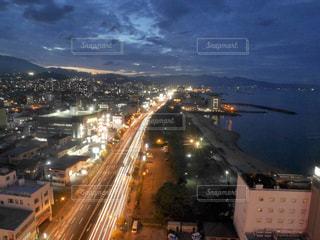 別府の夕暮れから夜の景色の写真・画像素材[1676009]