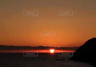 冬の朝日の写真・画像素材[1693670]