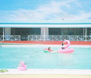 夏はプールでしょ♡の写真・画像素材[1061099]