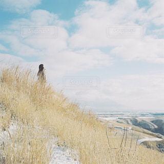 雪どけの阿蘇の写真・画像素材[1792031]