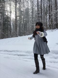 冬,雪,北海道,女子,楽しい,嬉しい,雪遊び,可愛い,富良野,真っ白,わーい,やったー