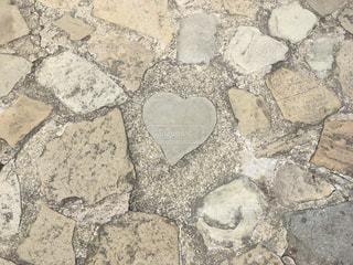 ハートの石の写真・画像素材[846584]
