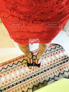 赤いドレスの写真・画像素材[1007149]