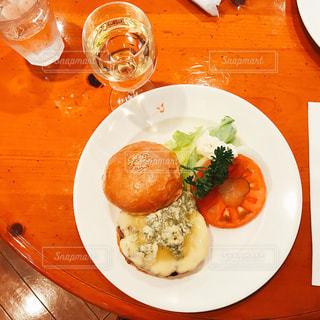 ハンバーガーの写真・画像素材[1068198]
