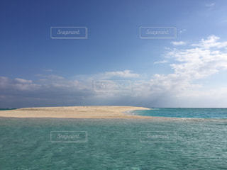 No.316677 海 沖縄  砂浜 はての浜  青い海