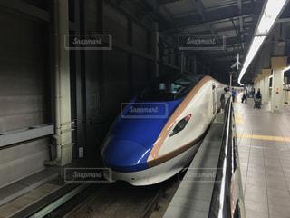 新幹線(はくたか)の写真・画像素材[966408]