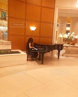 grand piano - No.438171