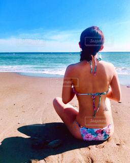 青い海と青い空の写真・画像素材[953013]