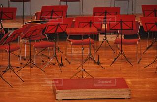 演奏,椅子,休憩,音楽,ステージ,ミュージック,舞台,music,吹奏楽,演奏会,休憩中,オーケストラ,ホール,オケ,指揮台,orchestra,stage