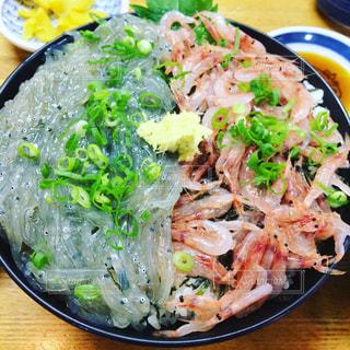 新鮮海鮮丼ぶりの写真・画像素材[477753]
