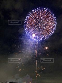 夜空の花火の写真・画像素材[1534672]