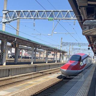 秋田新幹線こまちの写真・画像素材[2136918]