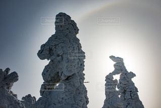 森吉山の樹氷と日暈の写真・画像素材[901395]