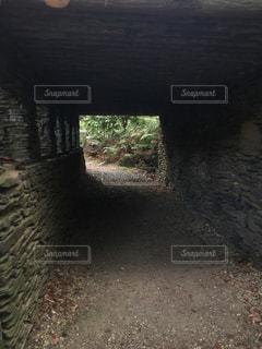 石造りのトンネルの写真・画像素材[1117003]
