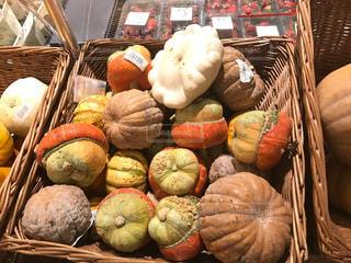 果物と野菜スタンドのグループの写真・画像素材[1127663]