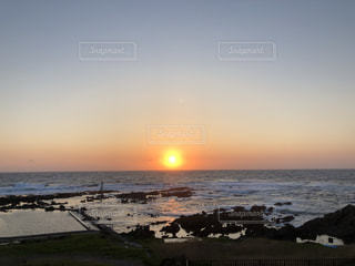 佐渡の夕日の写真・画像素材[1593318]