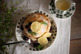 レモンのパンケーキの写真・画像素材[800202]