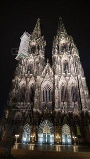 夜のケルン大聖堂の写真・画像素材[728909]