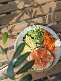 ベランダで朝食の写真・画像素材[3134426]
