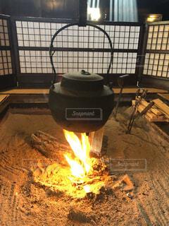 日本家屋の囲炉裏の写真・画像素材[4927754]