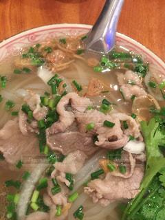 ベトナム料理の牛肉フォーの写真・画像素材[987534]