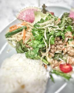 タイ料理のガパオの写真・画像素材[1390632]
