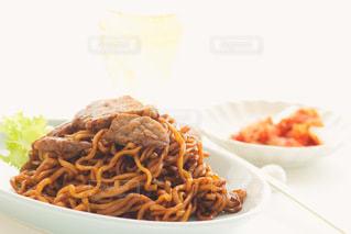 韓国牛肉ジャージャー麺の写真・画像素材[3333503]