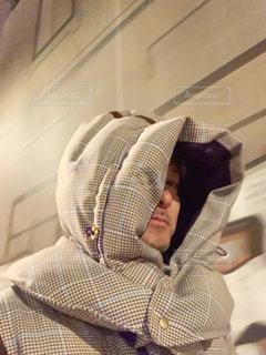 −4°Cの街を歩く男性の写真・画像素材[1726213]
