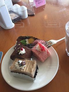 #ケーキの写真・画像素材[336840]