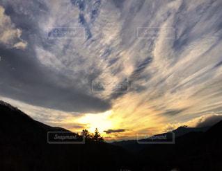 夕暮れの空の写真・画像素材[1667124]