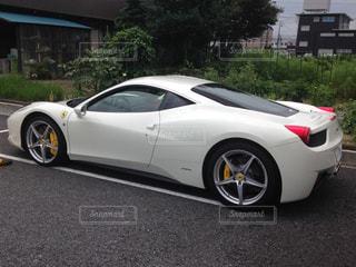 白いスポーツカーの写真・画像素材[907553]