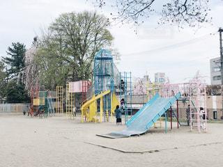 公園のカラフルな遊具の写真・画像素材[1122787]
