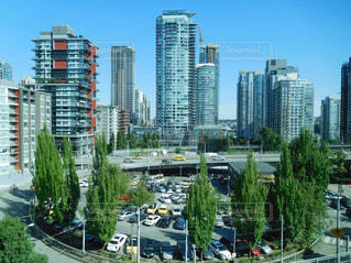 高層ビルの都市の景色の写真・画像素材[707910]