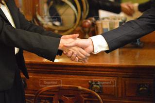 握手の写真・画像素材[530735]
