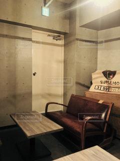 おしゃれカフェの一席の写真・画像素材[1099123]