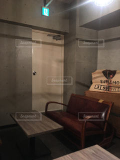 おしゃれカフェの一席の写真・画像素材[1099124]
