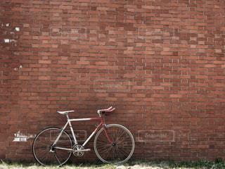 昭和の古い自転車の写真・画像素材[2073921]